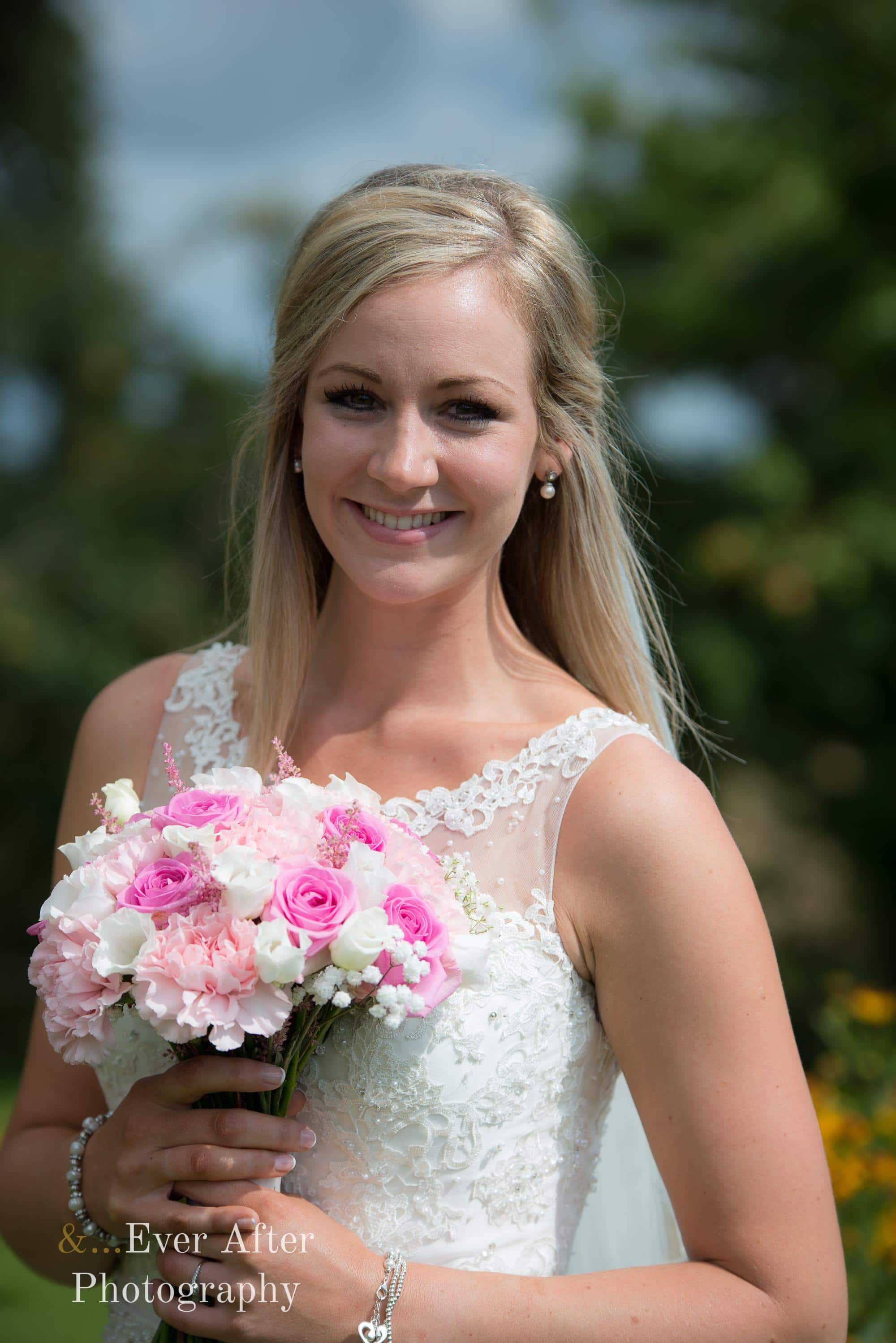 bride, wedding flowers