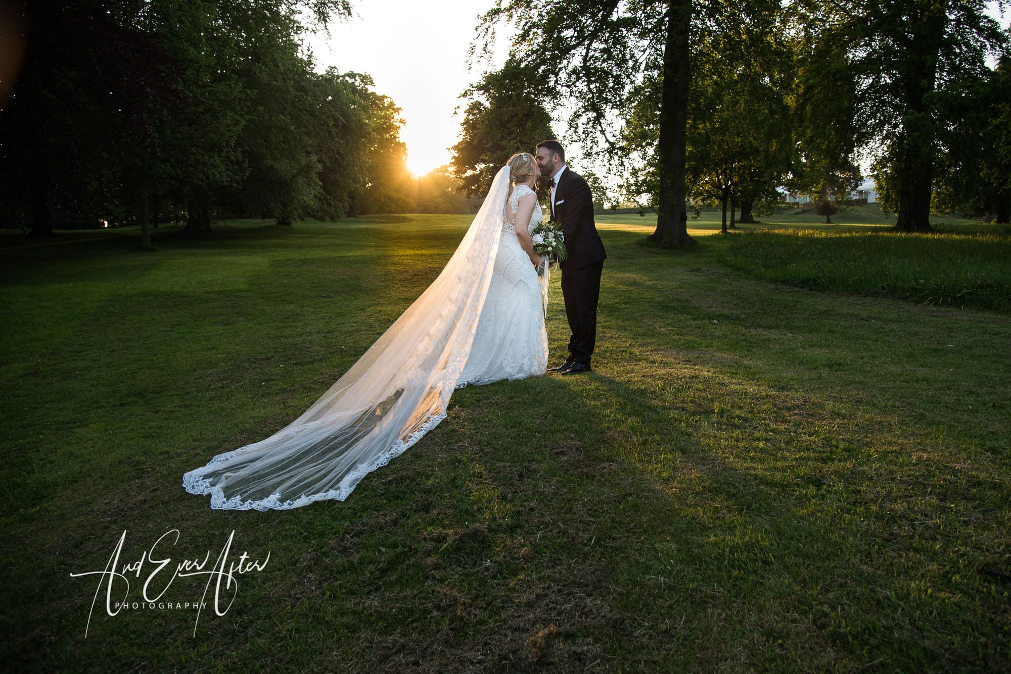 evening sunshine, wedding day