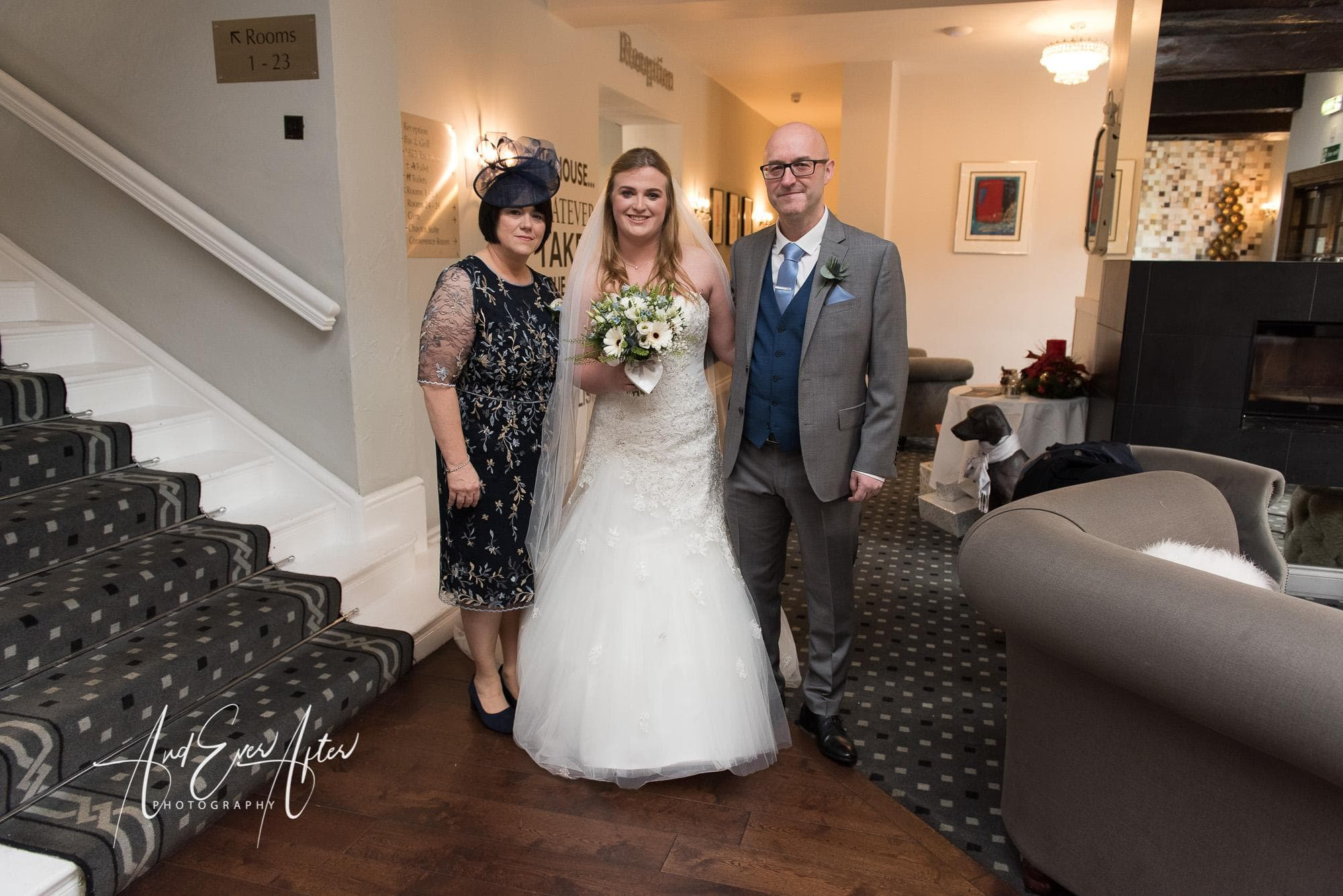 bride, wedding day, mother of the bride, father of the bride