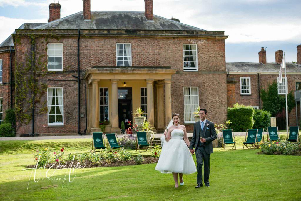 bride and groom, wedding venue