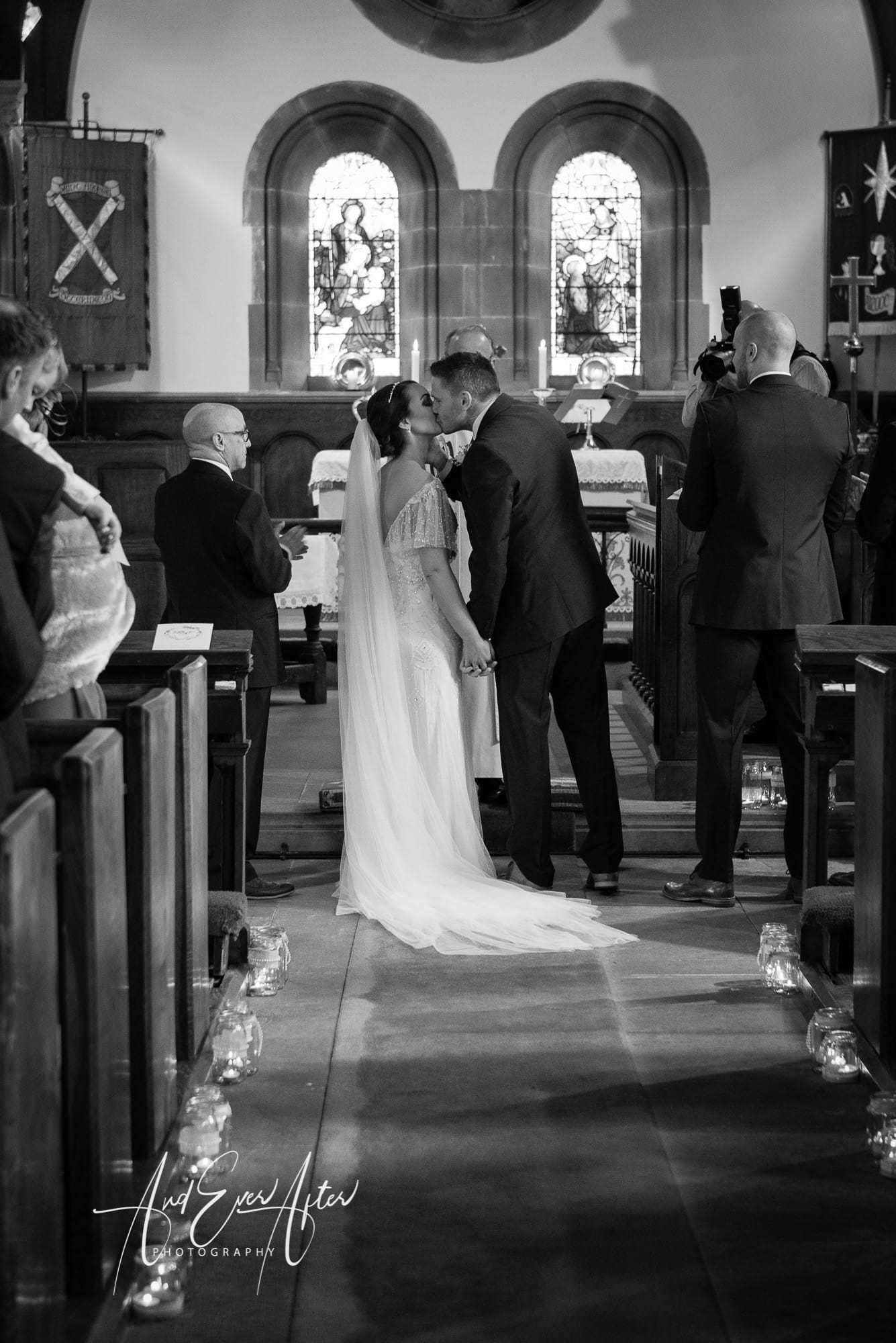 bride, groom, wedding day, love