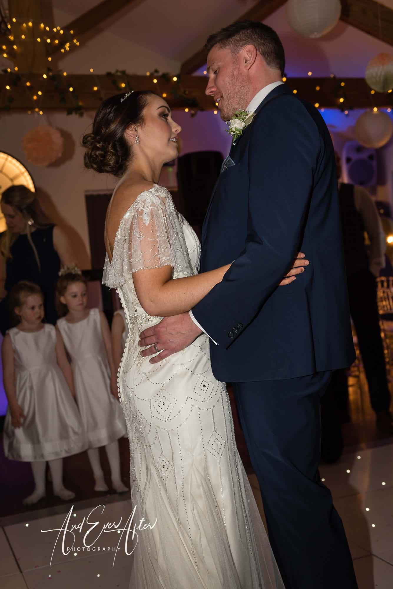 bride, groom, wedding day, love, wedding dance